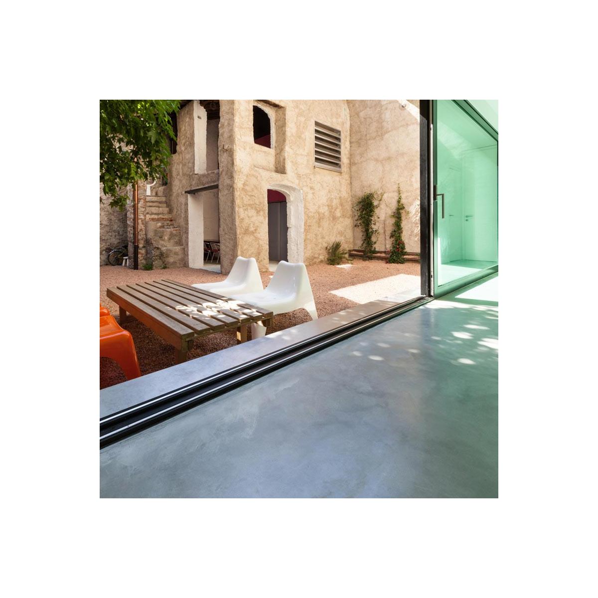 Beton Ciré Maison beton cire exterieur pour sol mur terrasse escalier enduit
